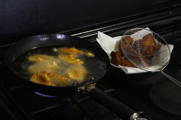 Akara being fried at an unknown temperature